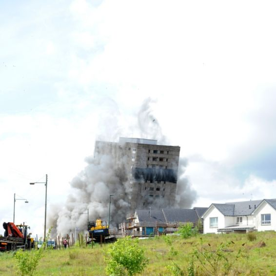 Multi-storey block at Roystonhill is demolished