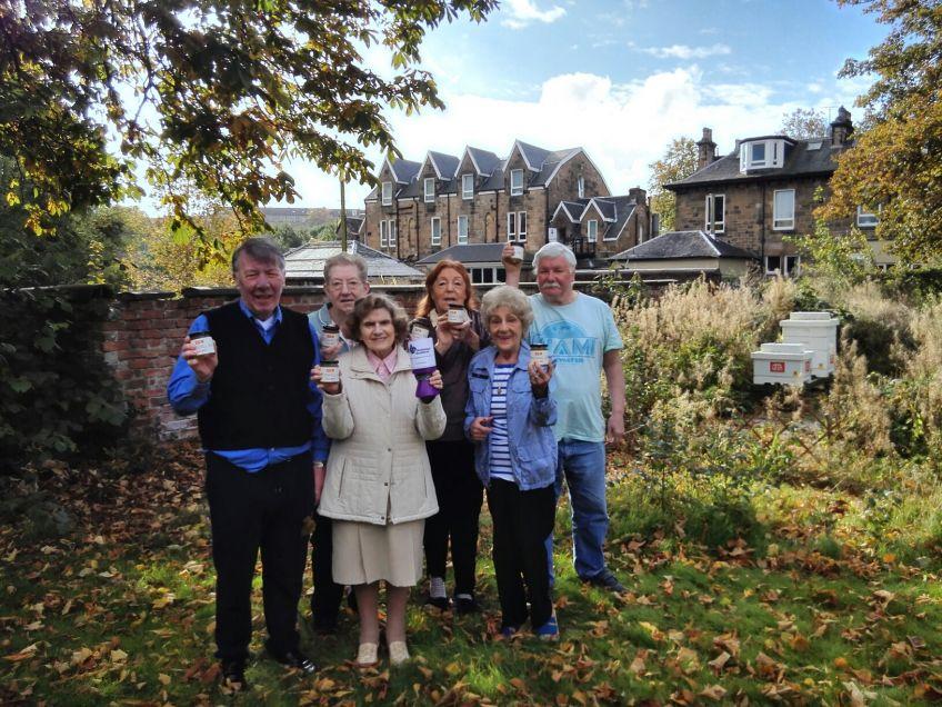Crosshill tenants welcome new bee