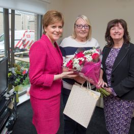 First Minister visits tenants at new GHA homes