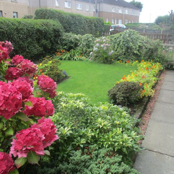 Garden competition Longstone Road