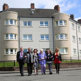 Residents from Larchgrove celebrate five-star rating