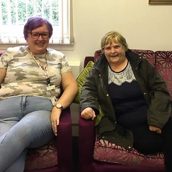 Anne Lindsay enjoys a catch-up with Livingswell Advisor Fiona Speirs
